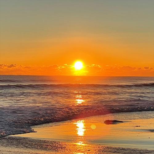 明石の浜の初日の出